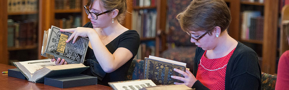 Students in the Mortimer Rare Book Collection