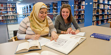 Students working together in Hillyer Art Library
