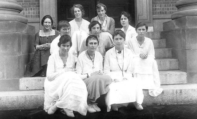 Members of the class of 1918 of the Smith College School for Social Work